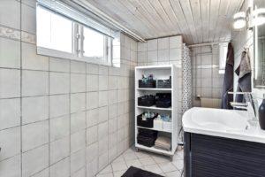 Badeværelse i kælder
