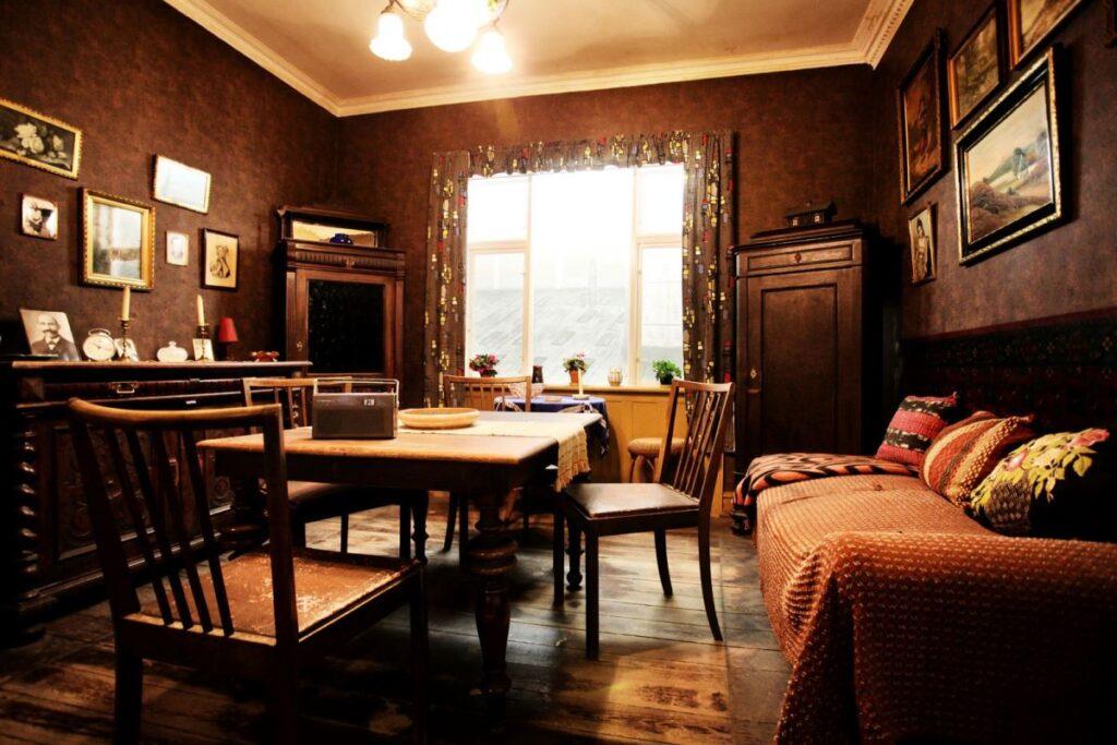 Familien Sørensens stue